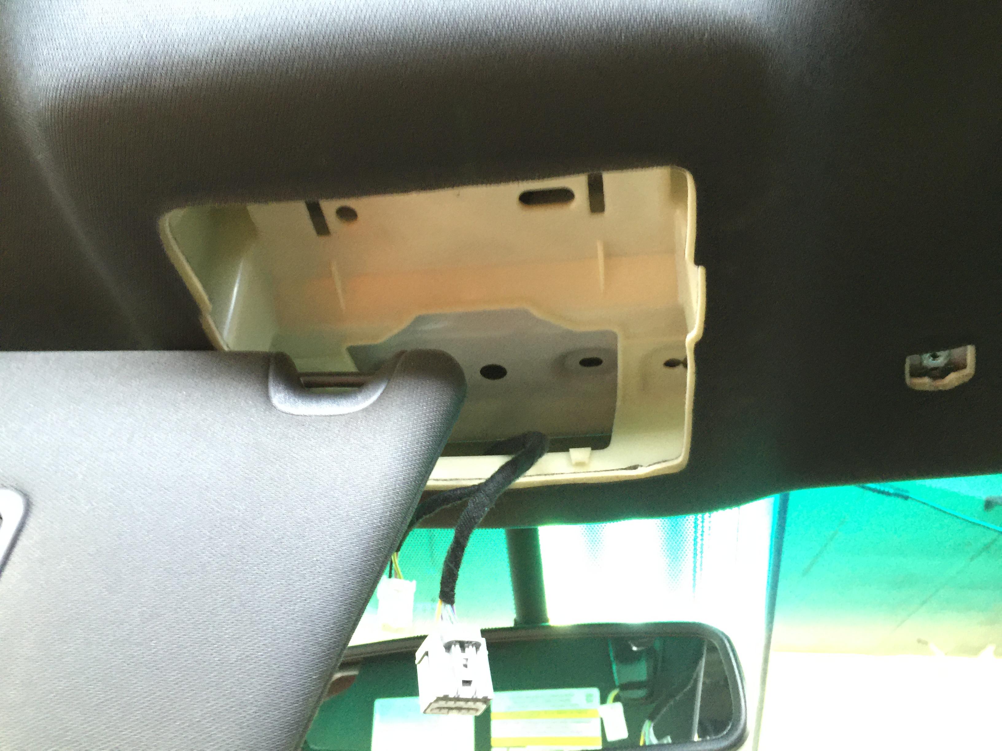 2014 Ford Explorer XLT Tri Coat White, Paintless Dent Repair Roof Dents, Mobile Dent Repair. , Springfield IL, Pana IL Taylorville IL
