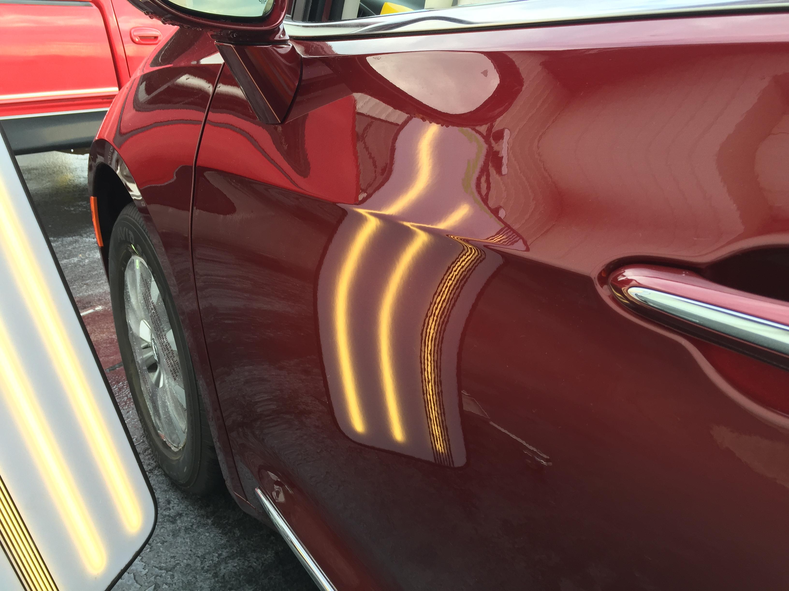 2017 Chrysler Pacifica Touring, Mobile dent Repair Springfield IL, Taylorville IL, Decatur IL, Sharp body line paintless dent repair by Michael Bocek