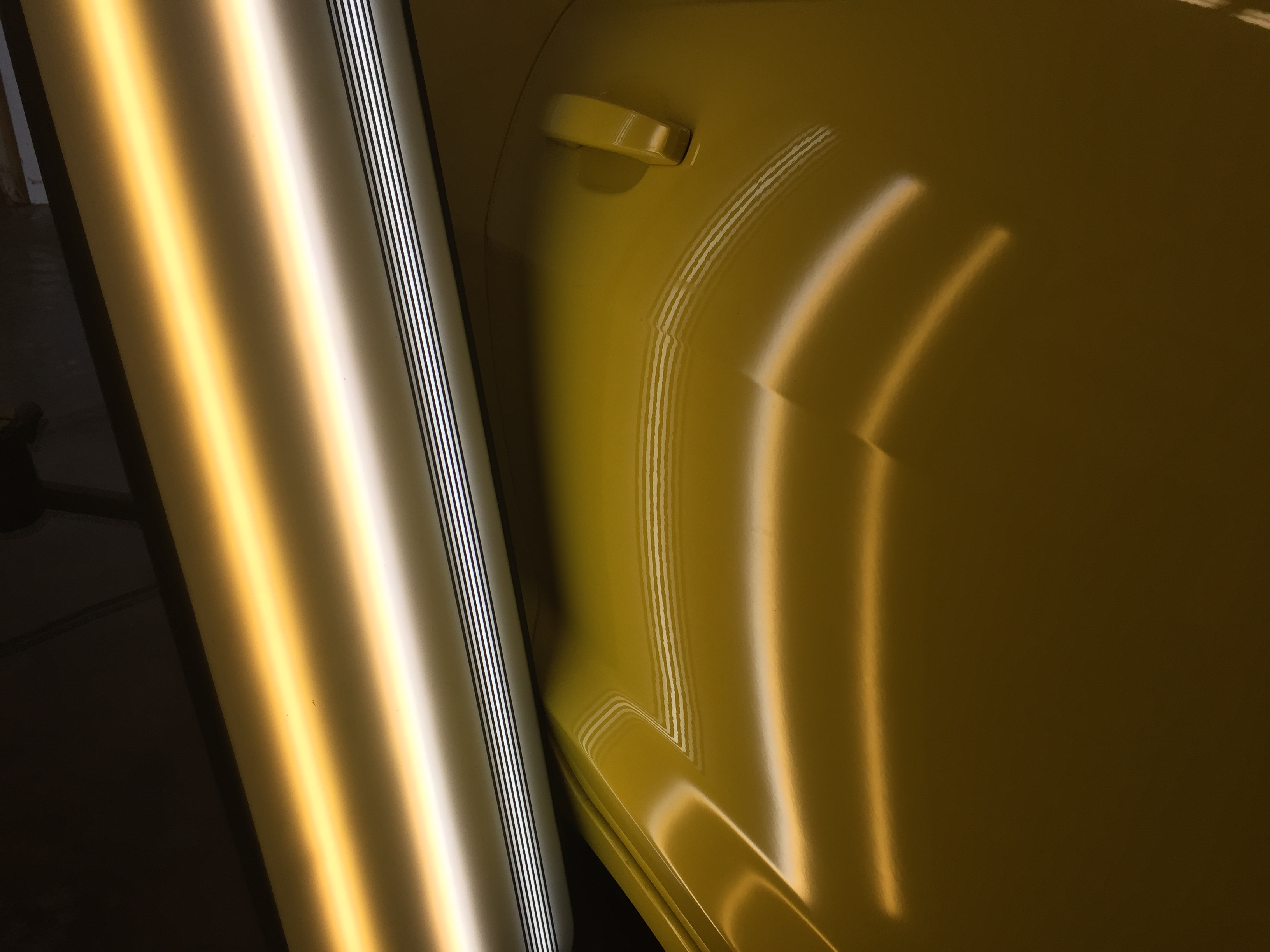 Http://217dent.com, Mobile Dent Repair, 2015 Camero, Dent on Passenger Door Body Line, Paintless Dent Repair, Springfield IL