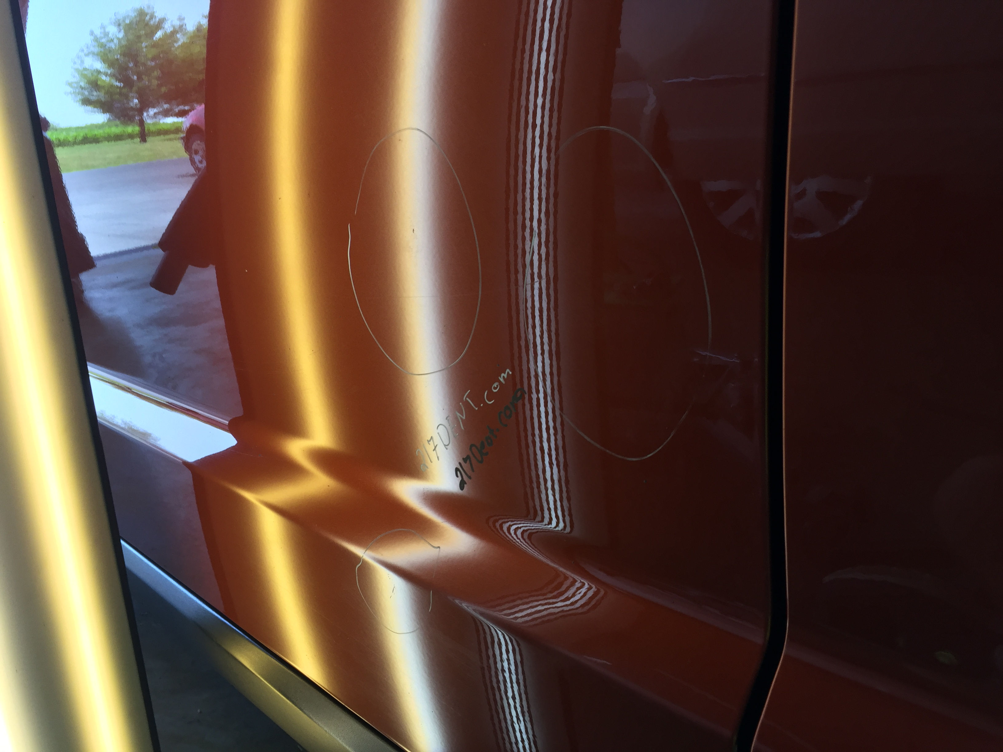 http://217dent.com 2013 Dodge Journey Drivers Door Dent Removal, Springfield Illinois