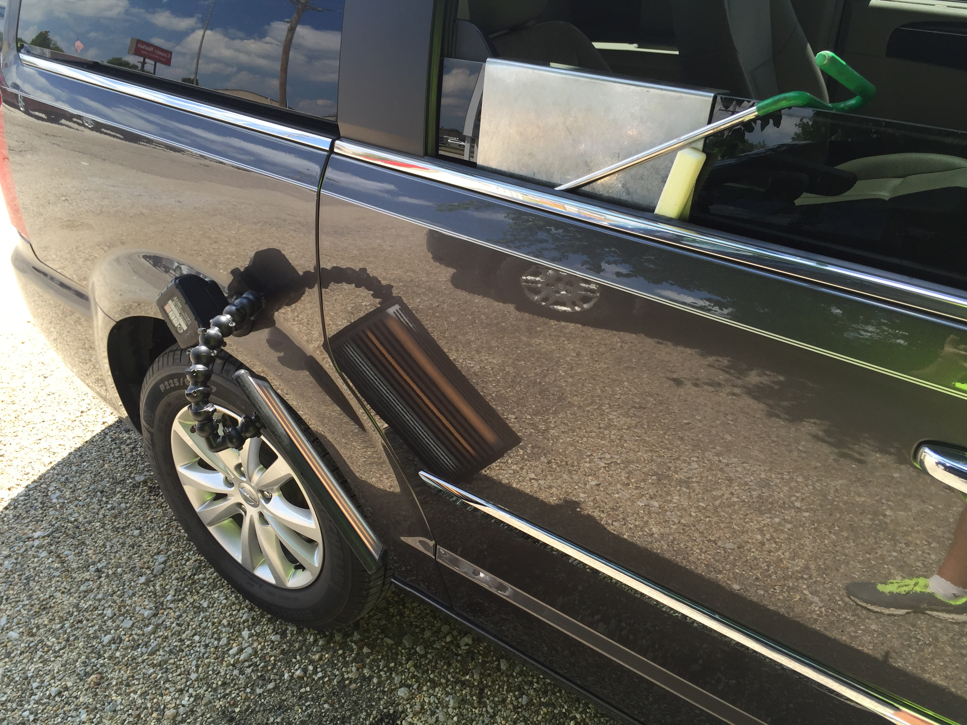 Springfield, IL Dent Repair, 2015 Chrysler Town & Country Sliding door, paintless dent Repair, http://217dent.com